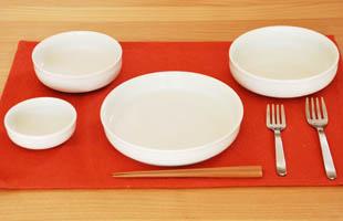 白物の食器のイメージ